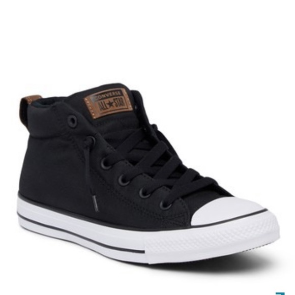 NWOB MID TOP CONVERSE BLACK RED SIZE 8